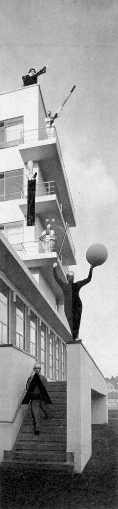 der_bau_der_buehne_the-building-as-a-stage_1927